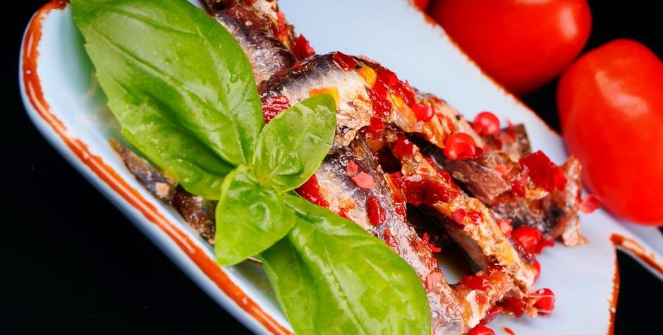 Acciughe in salsa rossa